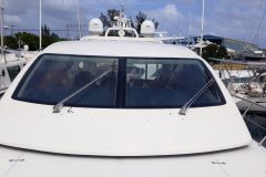 Boat Polishing and Boat Waxing 1