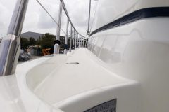 Boat Polishing and Boat Waxing 9