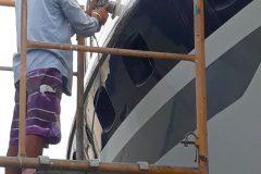 Boat Gelcoat and Fiberglass Repair 11