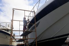 Boat Gelcoat and Fiberglass Repair 13